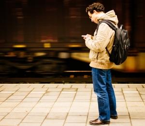 Ook vluchtelingen hebben een smartphone